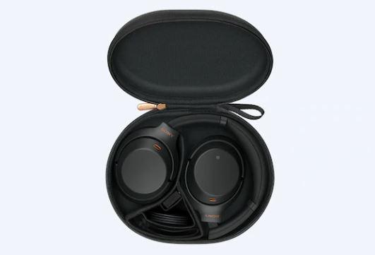 Наушники Sony WH-1000XM3 в кейсе