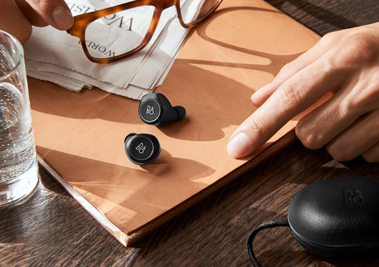BANG & OLUFSEN BEOPLAY E8