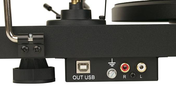 Виниловый проигрыватель Pro-Ject Debut Carbon Phono USB OM-10 Piano Black - рис.2